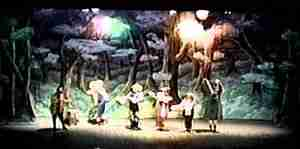 SNOW WHITE and THE SEVEN DWARFS Live Production Photo - Classics On Stage! (Chicago)